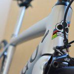 コルナゴのエアロロードバイク「V1-R」を無線シフト「SRAM eTAP」で組立